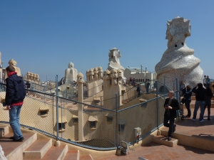 Undulating rooftop of la Perdrera